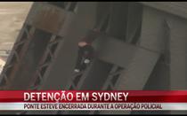 Homem detido por subir ponte em Sydney