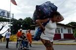 Venezuelanos buscam comida além-fronteira