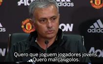 Mourinho apresentado no Manchester United