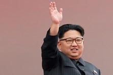 Coreia do Norte lança um míssil de submarino