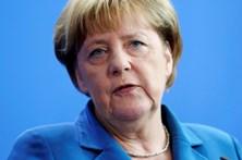 """Merkel avisa que saída britânica pode ser """"ponto de rutura"""" para a UE"""