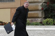Cardeal questionado por acusações de pedofilia