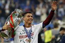 Cristiano Ronaldo regressa aos convocados da Seleção