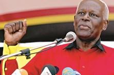 José Eduardo dos Santos confiante na vitória do MPLA