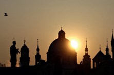 Praga, a cidade das cem cúpulas