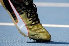 Sapatilha autografada por Bolt arrematada por 16.000 euros