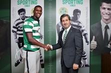 Sporting oficializa Douglas