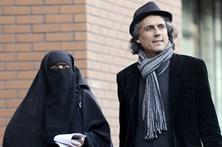 Milionário francês paga as multas dos burkinis