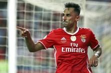 Jonas regressa aos convocados do Benfica