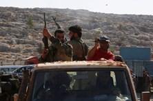 Turquia enviou seis novos carros de combate para a Síria