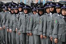 Turquia autoriza véu islâmico para mulheres polícia