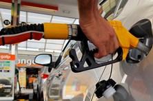 Petrolíferas ganham 12 cêntimos por litro