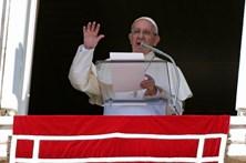 Papa vai visitar cidades abaladas por sismo em Itália