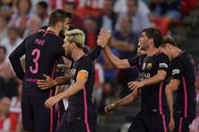 Las Palmas goleia e iguala Real Madrid na liderança