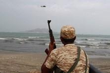 Ataque suicida causa 60 mortos no Iémen
