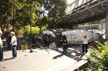 Morto em acidente com camião betoneira