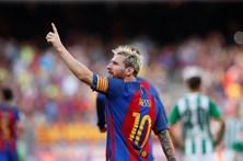 Messi viaja para a seleção da Argentina apesar da lesão