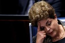 Acompanhe em direto a votação da destituição de Dilma