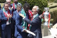 Marcelo entrega no Porto medalhas à seleção
