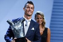 Cristiano Ronaldo muda de visual