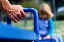 Meninas abusadas em família de acolhimento