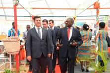 Portugueses vivem com medo de guerra em Moçambique