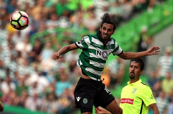 Bryan Ruiz eleito melhor jogador da CONCACAF