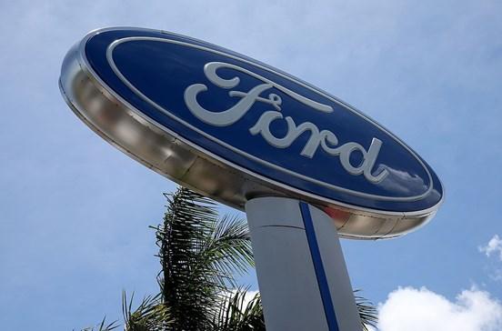 Ford contrata 'narizes de ouro' para cheirar carros