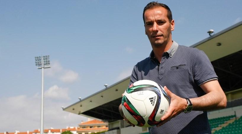 Petit substitui Augusto Inácio no comando técnico do Moreirense