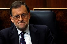 """Socialistas da Catalunha mantêm """"não"""" a Rajoy"""
