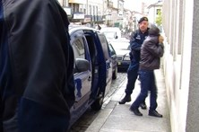Empreiteiro condenado a 16 anos e meio por abusar das filhas