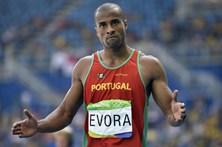 Nelson Évora salta do Benfica para o Sporting