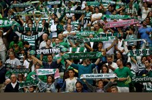 Sporting promete ser implacável para adeptos que usem pirotecnia