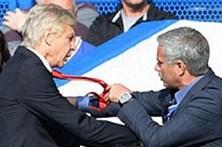 """Mourinho: """"Vou partir-lhe a cara um dia"""""""