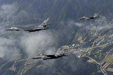 EUA e Coreia do Sul realizam exercício naval conjunto