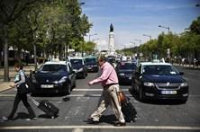 """Federação de Táxis acusa Governo de faltar à """"palavra dada"""""""