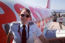 Piloto mais jovem do mundo voou com copiloto ainda mais novo