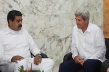 Maduro e Kerry encontram-se na Colômbia