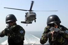 Três desaparecidos em queda de helicóptero militar