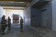 Incêndio em fábrica de artes gráficas
