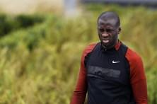 Yaya Touré diz que foi vítima de racismo toda a vida