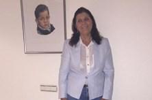 Dolores Aveiro diverte-se com as amigas