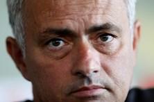 Mourinho lamenta a demissão de Allardyce