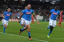 Benfica perde em Nápoles por 4-2