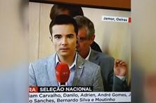 Fernando Santos faz de 'Emplastro' e dança atrás de jornalista