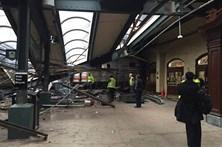 Comboio descarrila e faz três mortos