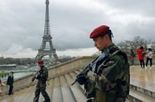 Jovem de 15 anos detido por planear ataque jihadista