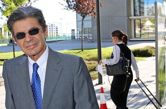 Carrilho condenado a multa por ameaças