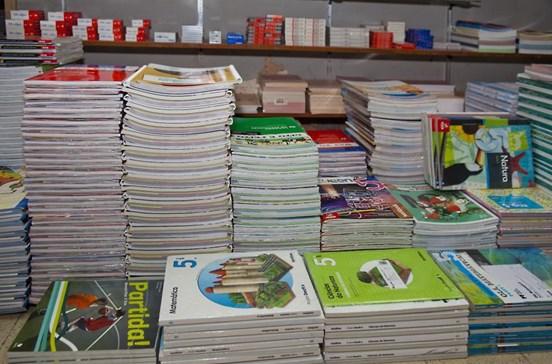 Manuais escolares para próximo ano letivo sem alterações