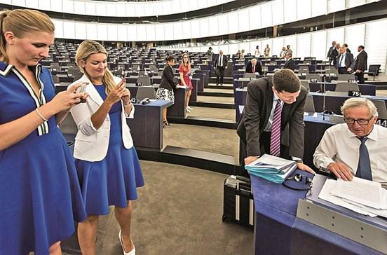 Bruxelas quer obrigar Google a pagar mais